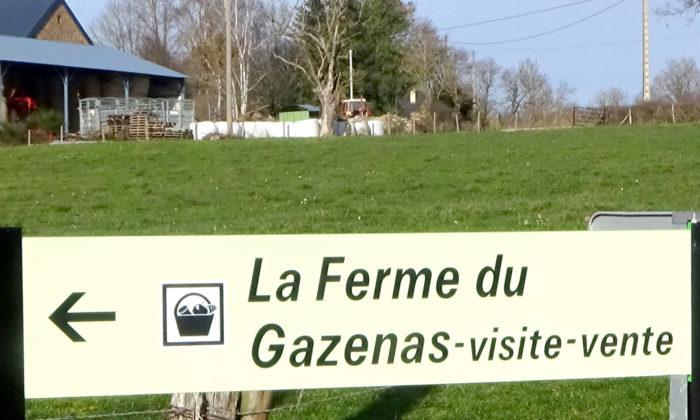 Un panneau de la ferme du Gazenas - La ferme du gazenas est implantée dans l'Aveyron 12 à deux pas de Rodez et vous accueille pour une visite