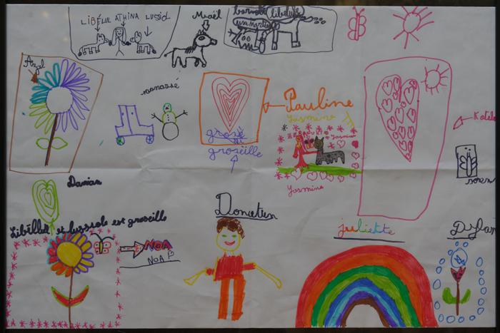 des dessins réalisés par des enfants