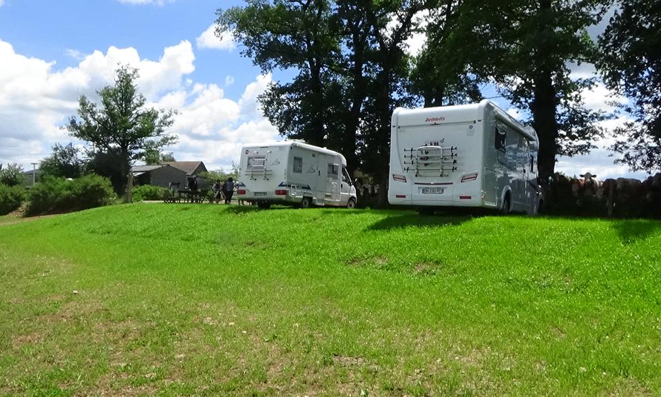 Accueil de Camping Cars, un espace dédié au camping car au coeur de l'aveyron à proximité de Rodez.